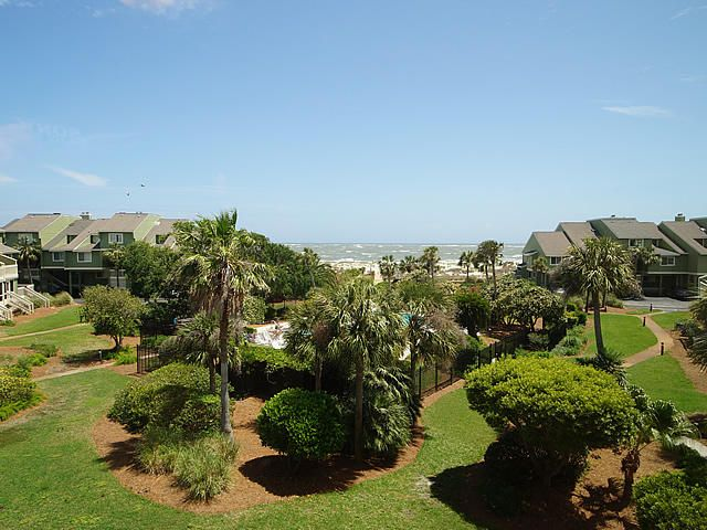 7  Palmetto Drive Isle Of Palms, SC 29451