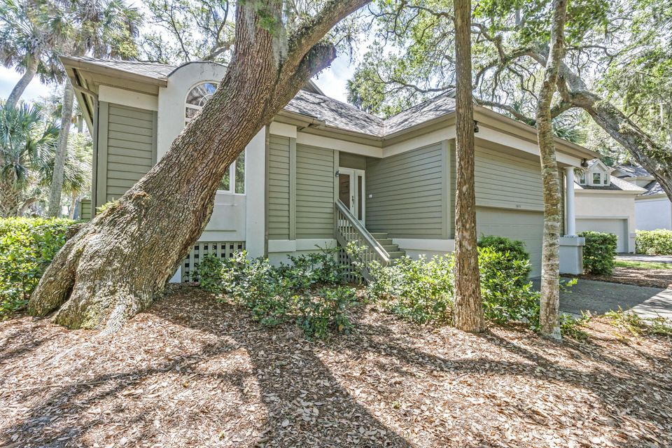 2875  Hidden Oak Drive Johns Island, SC 29455