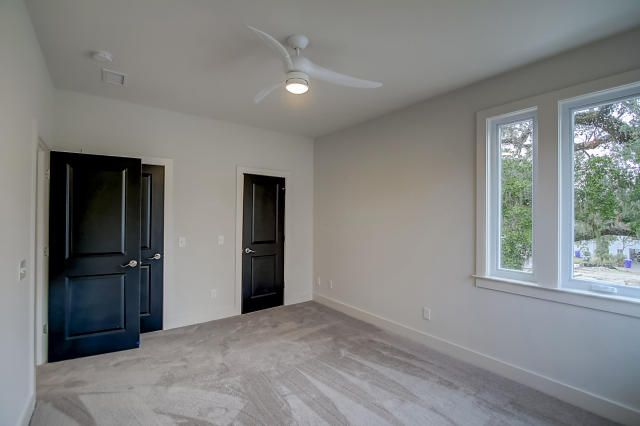 860 W Madison Avenue Charleston, SC 29412