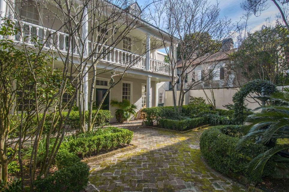 31  Wentworth Street Charleston, SC 29401