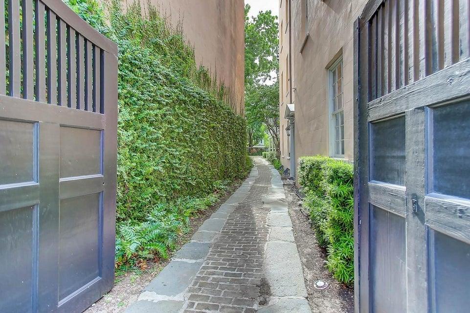 87 East Bay Street Charleston, SC 29401