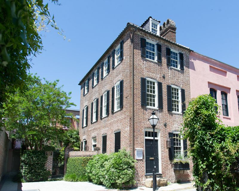 4  Elliott Street Charleston, SC 29401