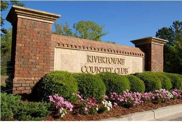 2784  Latrobe Court Mount Pleasant, SC 29466