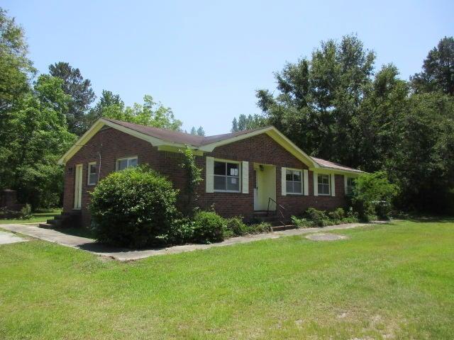 1354 Poplar Hill Drive Ridgeville, SC 29472