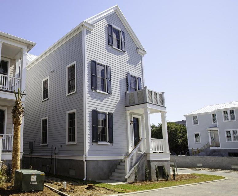 61  Dereef Court Charleston, SC 29403