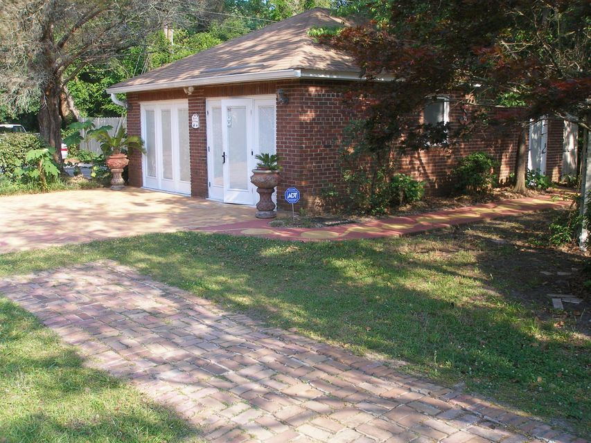 145 W Carolina Avenue Summerville, SC 29483