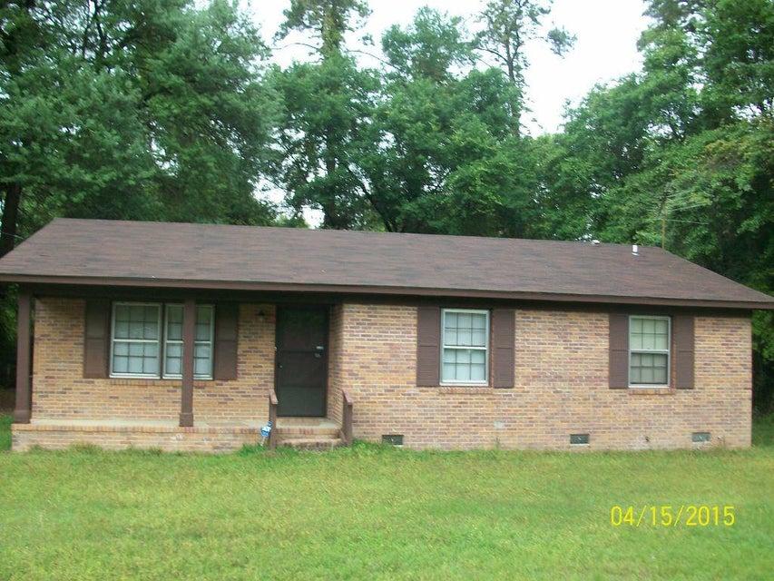 106 Oak Circle Walterboro, SC 29488