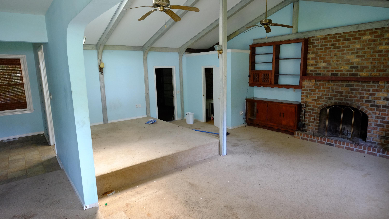 1848  Sandcroft Drive Charleston, SC 29407
