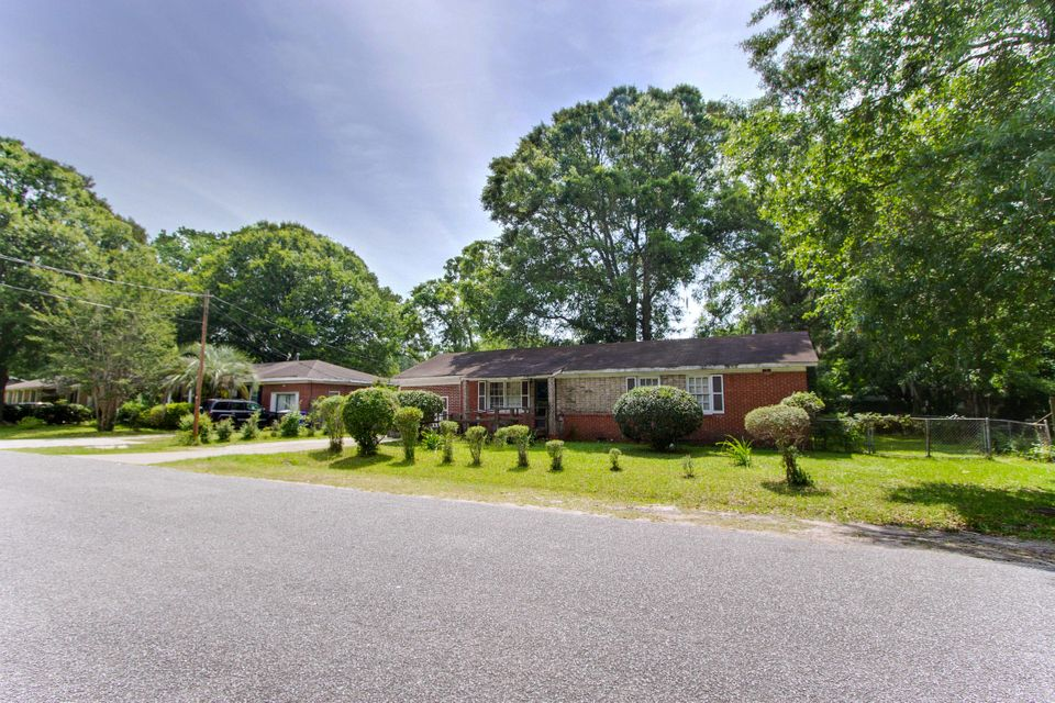 1841  Taberwood Circle Charleston, SC 29407