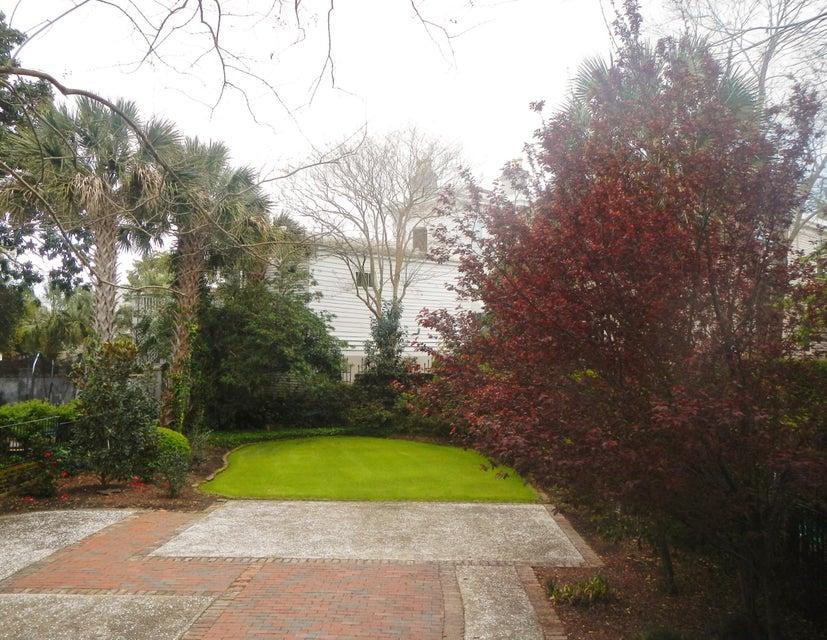 13 Logan Street Charleston, SC 29401