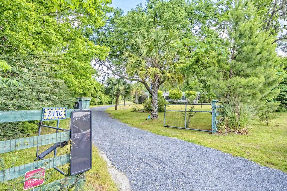 3170  Alvan Road Johns Island, SC 29455