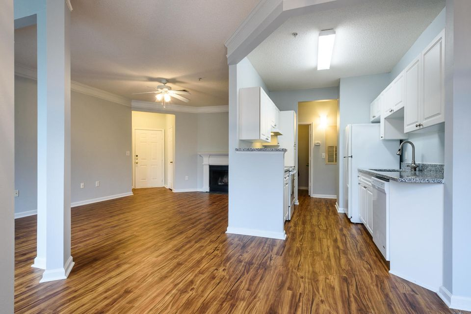 2225 Chatelain Way Mount Pleasant, SC 29464