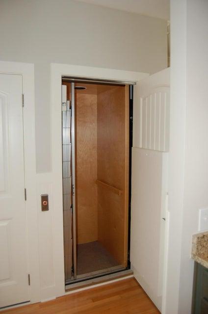 1204 Hopeman Lane Mount Pleasant, SC 29466