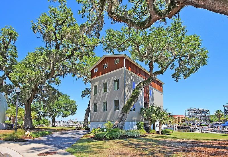 25  Transom Court Charleston, SC 29407