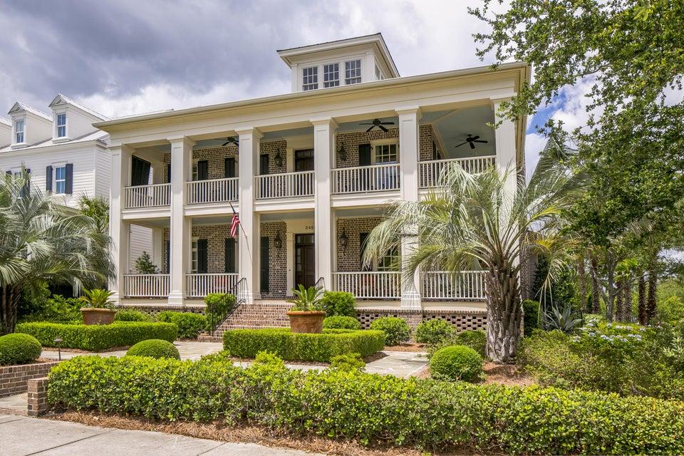 2465 Daniel Island Drive Charleston, SC 29492
