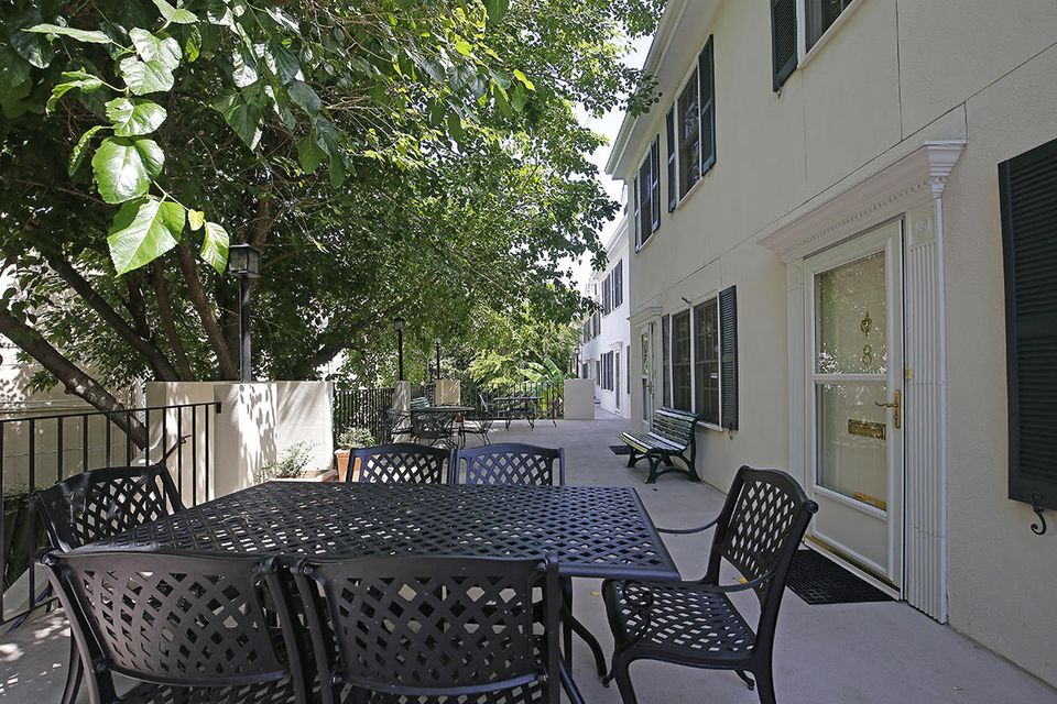 15  Horlbeck Alley Charleston, SC 29401