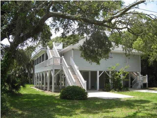 1206  Nancy St Edisto Beach, SC 29438