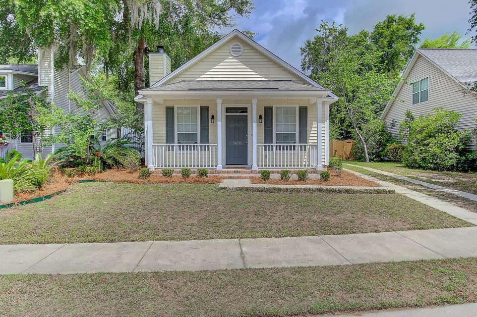2420  Fulford Court Mount Pleasant, SC 29466