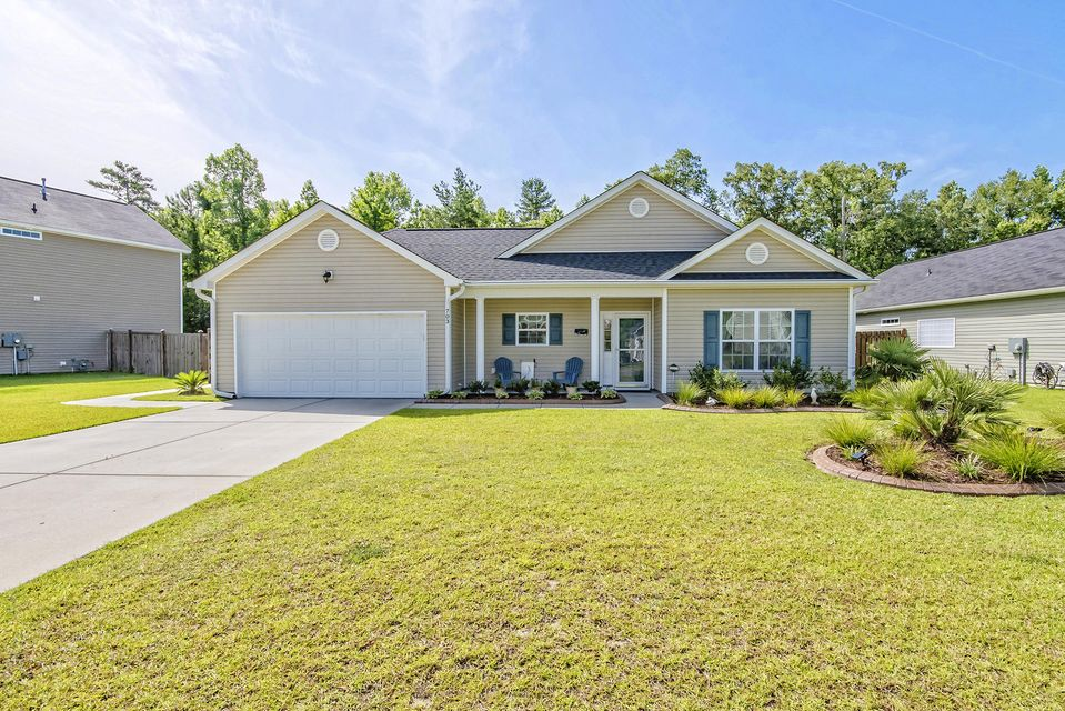 703  Savannah River Drive Summerville, SC 29485