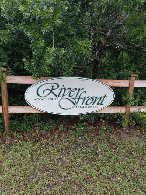 1580  Terns Nest Road Charleston, SC 29412