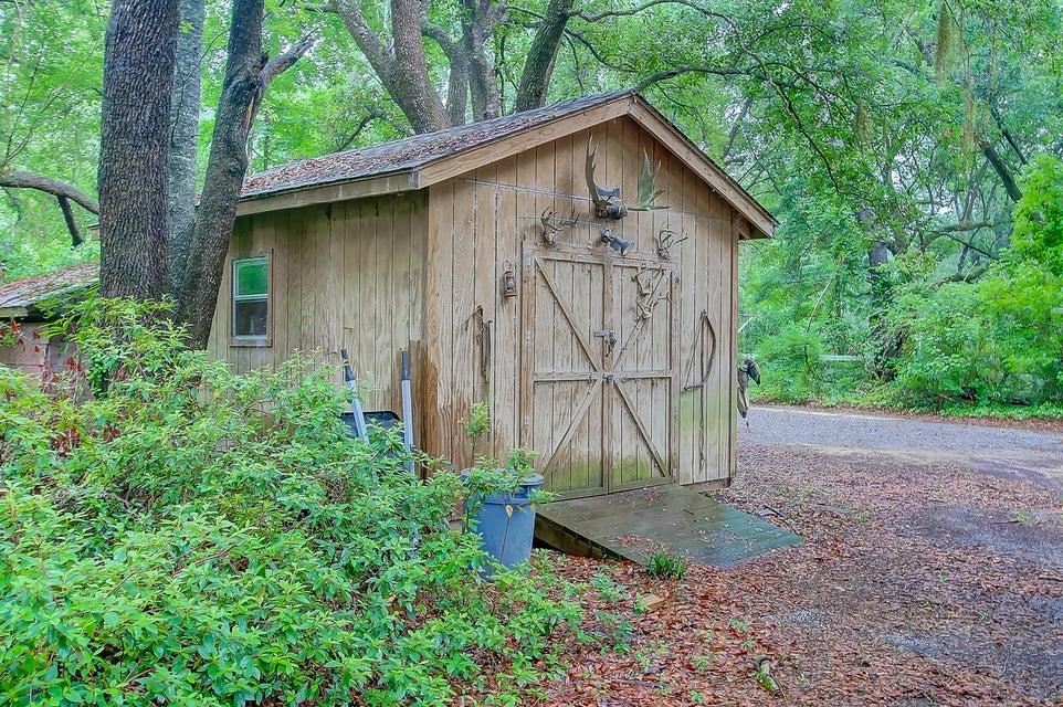 6338  Farm House Road Ravenel, SC 29470