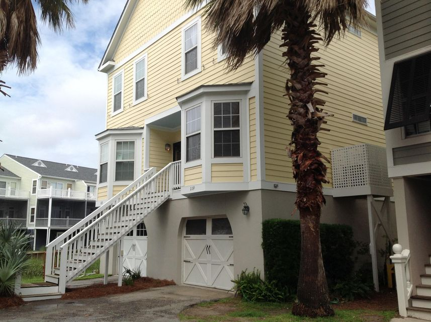 119 W 2ND Street Folly Beach, SC 29439