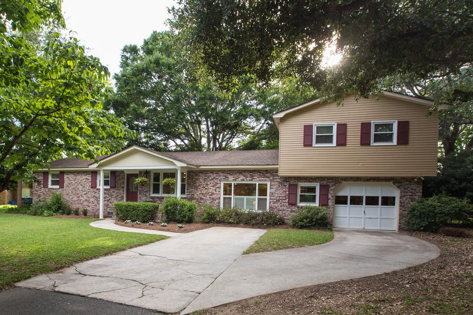 1109  Leeward Avenue Charleston, SC 29412