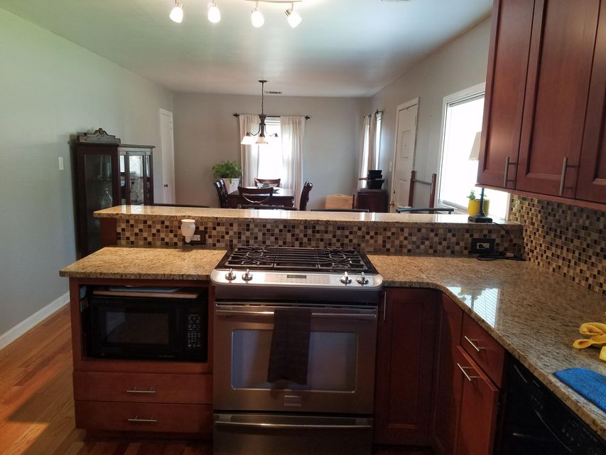 Wellington Oaks Homes For Sale - 5057 Chateau, North Charleston, SC - 1