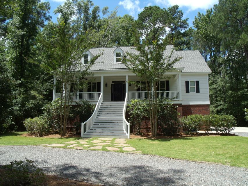 206  Huntington Road Summerville, SC 29483