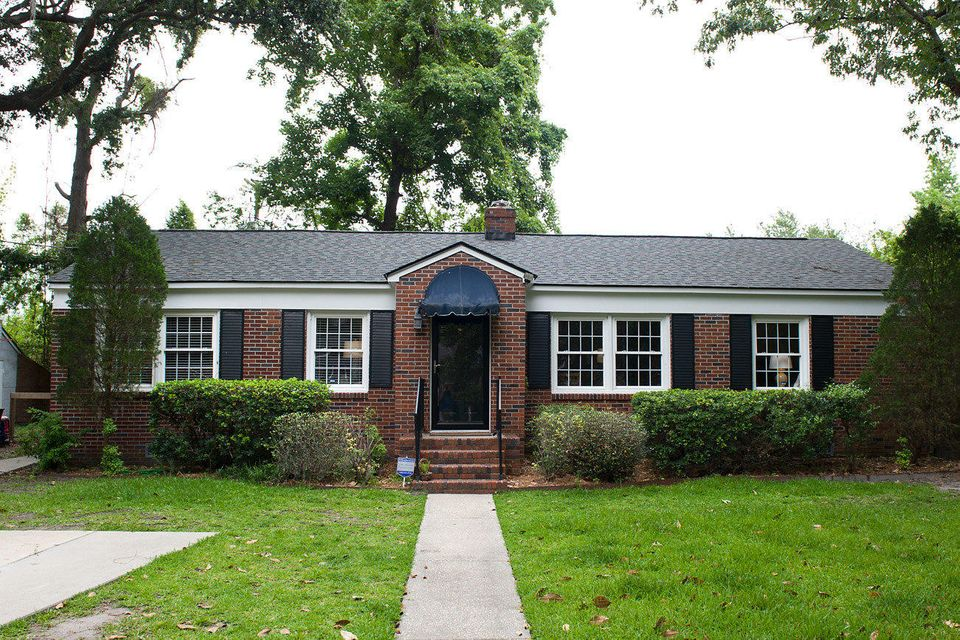 1324  Linden Circle Charleston, SC 29407