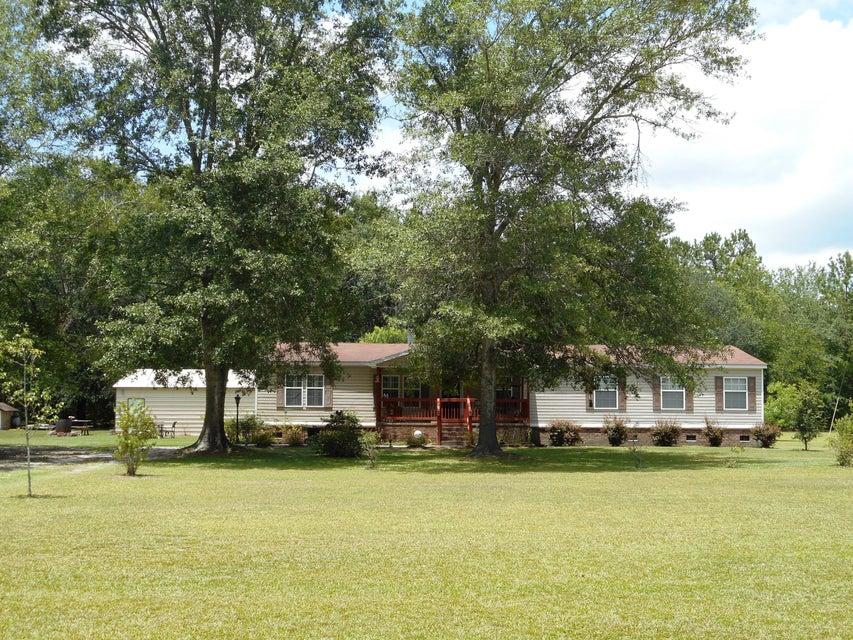1167  Fulton Lane Walterboro, SC 29488