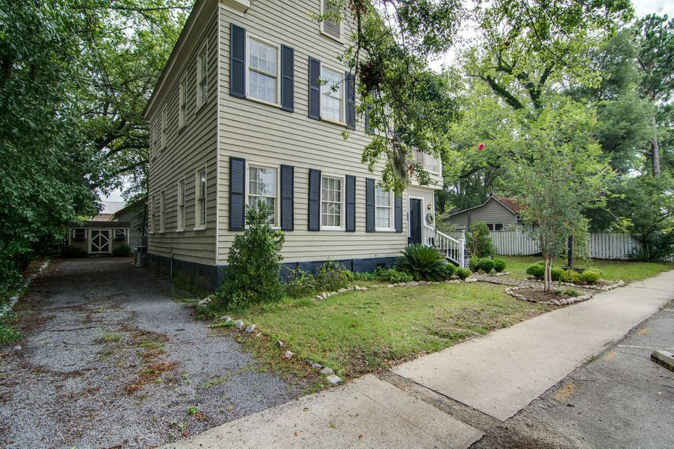 125 E Richardson Avenue Summerville, SC 29483