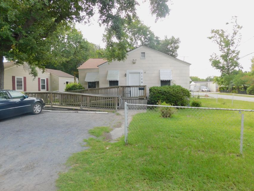 2109  Commander Road North Charleston, SC 29405