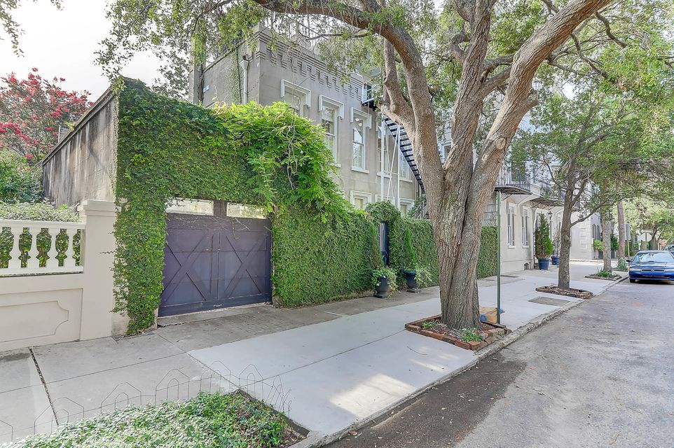 60  Meeting Street Charleston, SC 29401