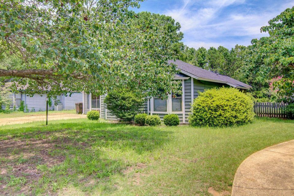 1541 E Crossing Lane Mount Pleasant, SC 29466