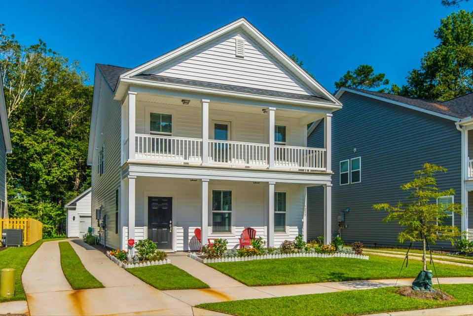 3253  Moonlight Drive Charleston, SC 29414