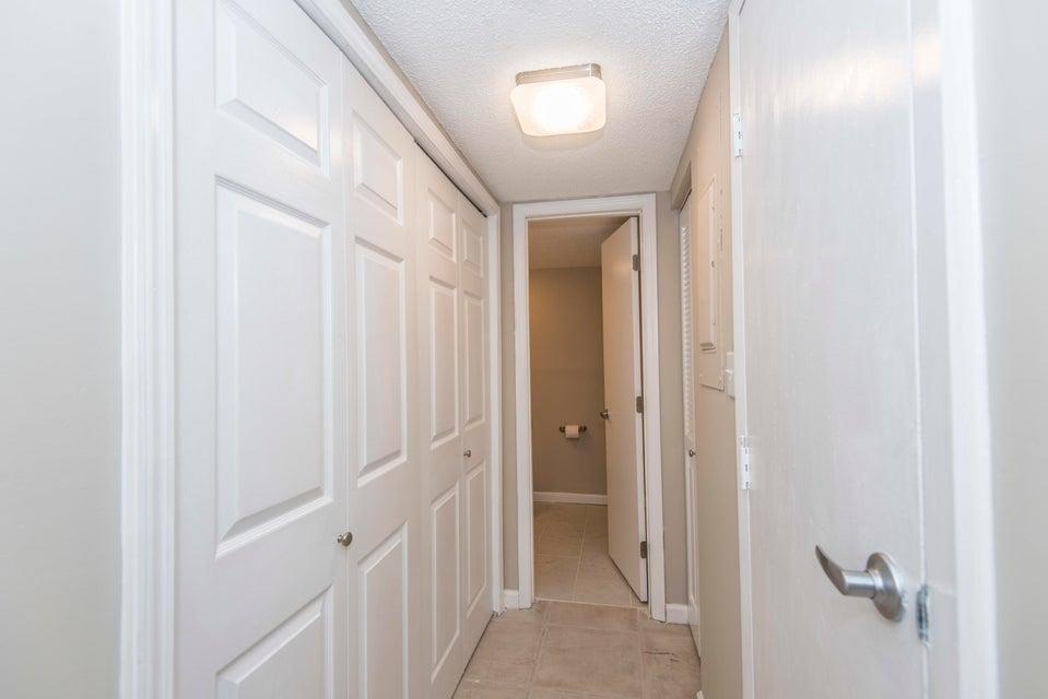 2905  Barrington Lane Charleston, SC 29414