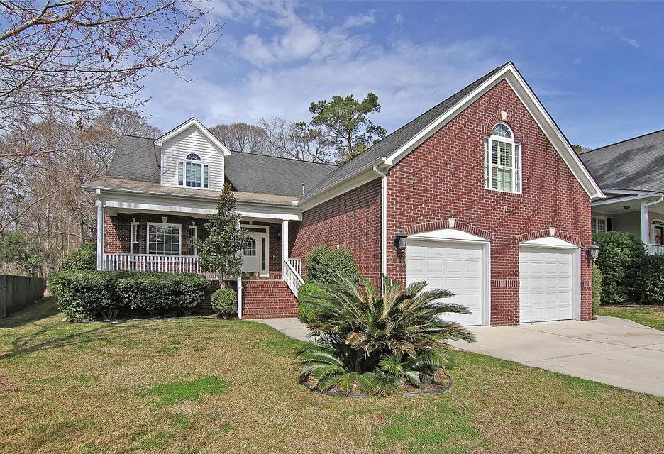 8633  Woodland Walk North Charleston, SC 29420