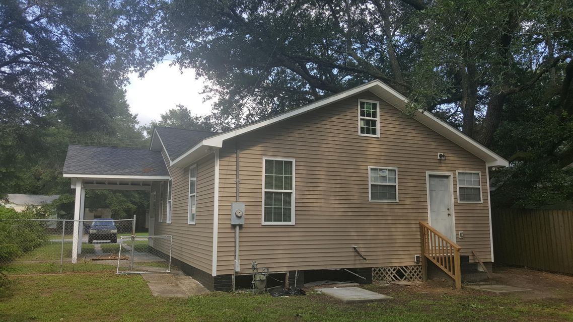 2608  South Allen Drive North Charleston, SC 29405