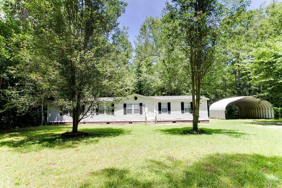 124  Pike Drive Summerville, SC 29483