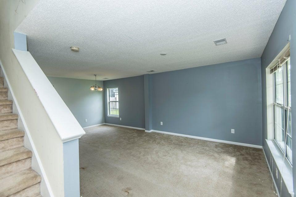 8633  Chloe Lane North Charleston, SC 29406