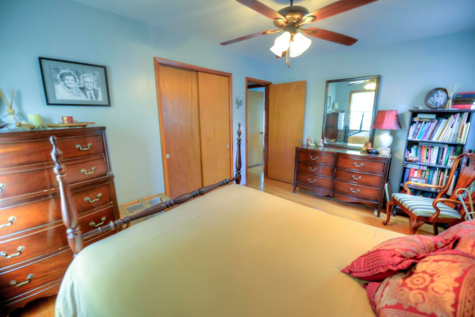 4240 Paramount Drive North Charleston, SC 29405