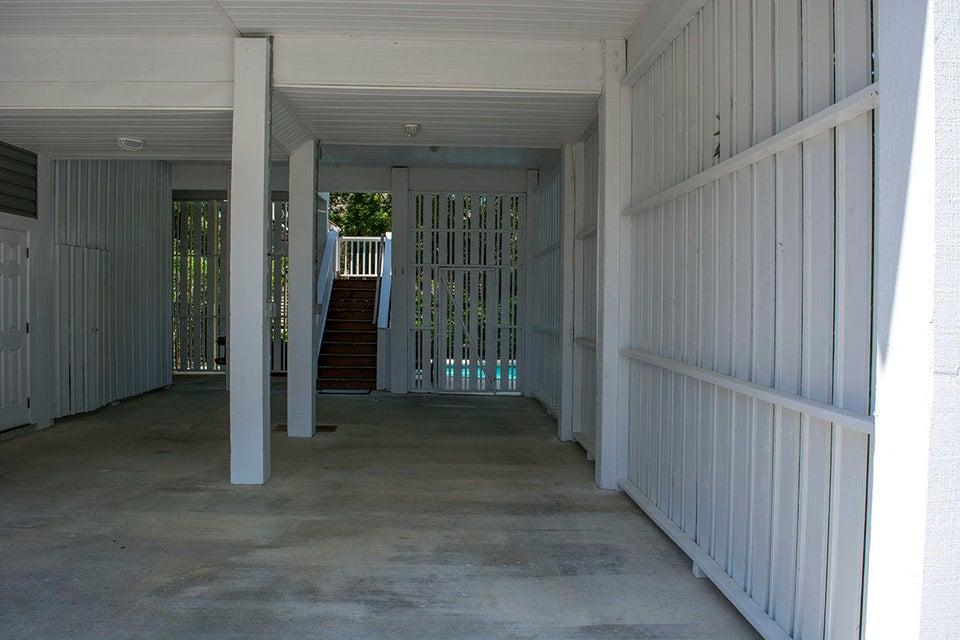 2704  Laroche Street Edisto Island, SC 29438