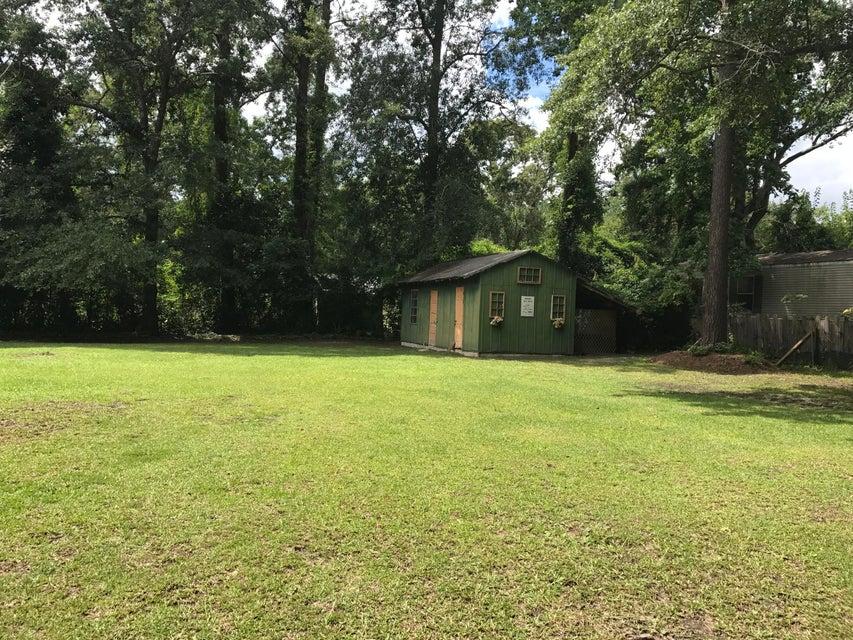 101/105  Thelma Drive Summerville, SC 29485