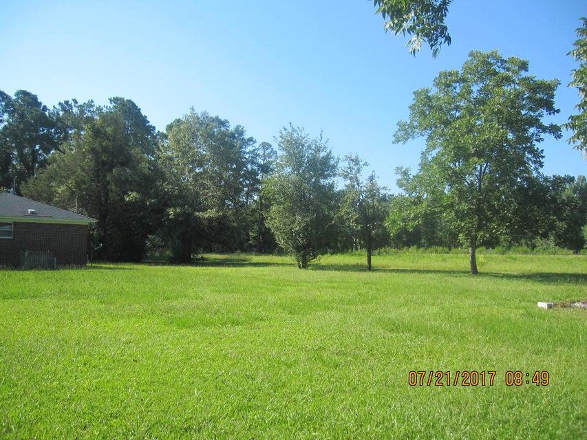 10007  Jacksonboro Road Cottageville, SC 29435