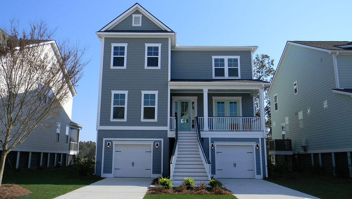 1581  Fort Palmetto Circle Mount Pleasant, SC 29466