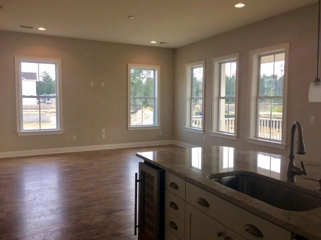 3610 Spindrift Drive Mount Pleasant, SC 29466