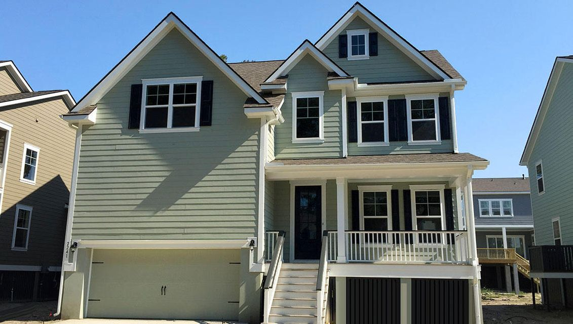 2226  Mother Of Pearl Drive Mount Pleasant, SC 29466