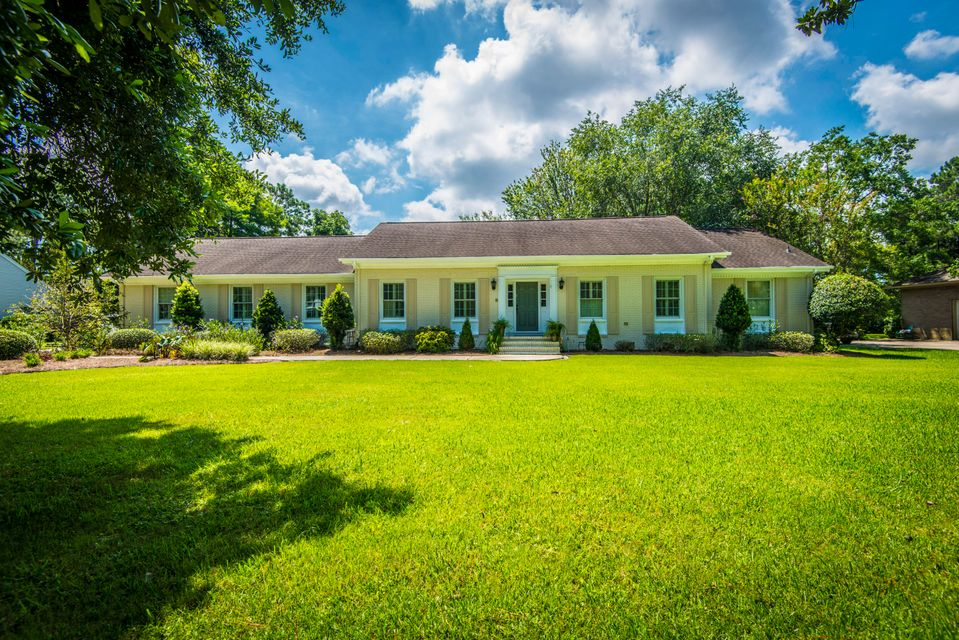 1187  Farm Quarter Road Mount Pleasant, SC 29464