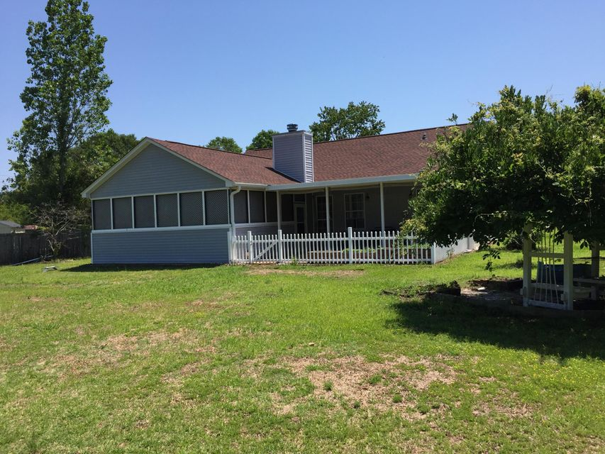8449  Battle Forest Drive North Charleston, SC 29420